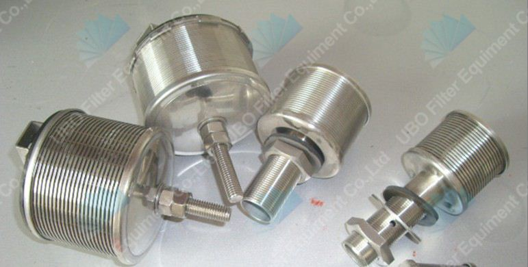 Wedge wire water filter nozzle