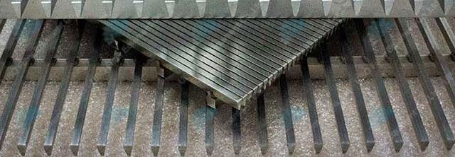 Flat grids with horizontal position welding