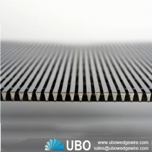 Liquid / solid seperation wedge wire screen panel